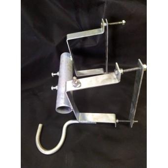Кронштейн - крепление кабеля к столбу