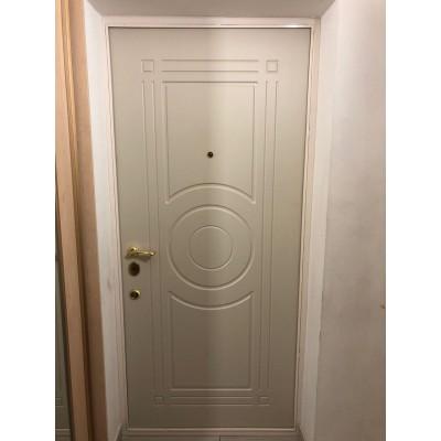 Входные металлические двери с элементами ковки 0008